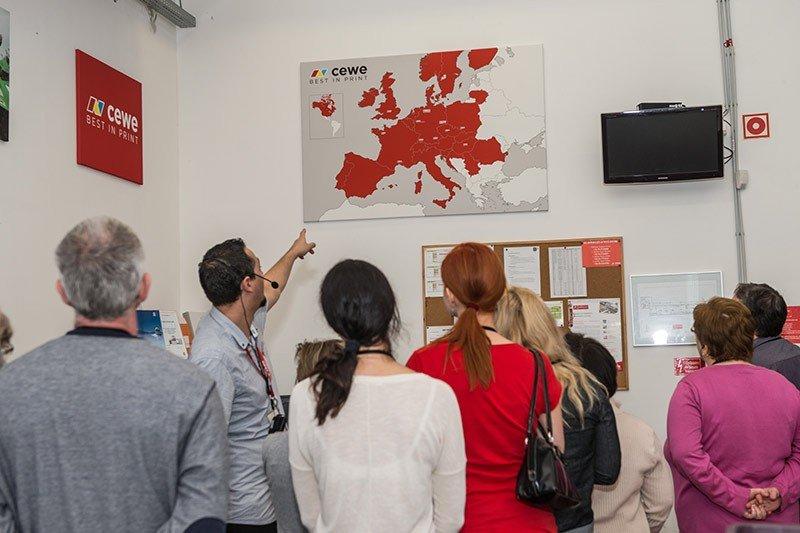 A térképen látható, hogy mely országokban van jelen a CEWE.